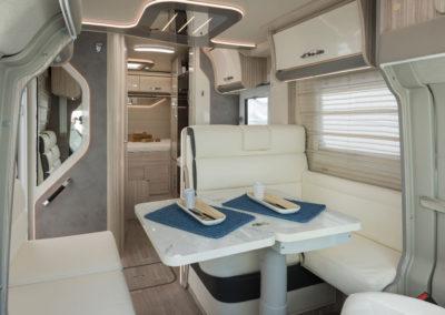 elnagh-t-loft-450-salon-comedor-1-autocaravancarsalerent