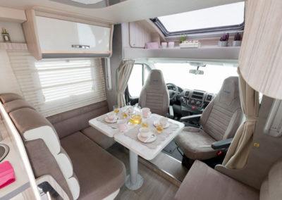 elnagh-t-loft-531-salon-1-autocaravancarsalerent