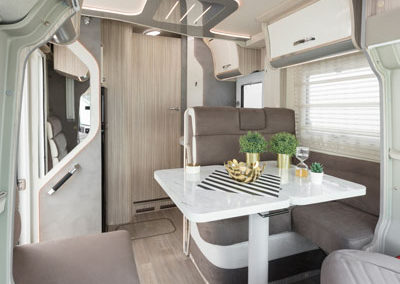 elnagh-t-loft-581-salon-comedor-autocaravancarsalerent