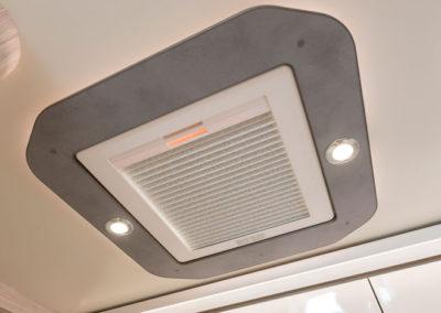 elnagh-t-loft-450-aire-acondicionado-autocaravancarsalerent