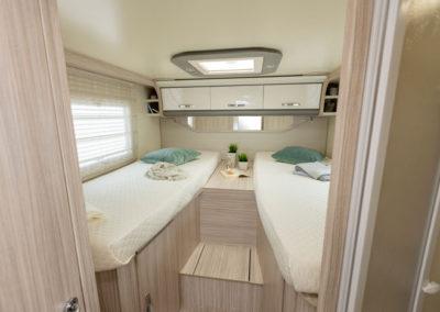 elnagh-t-loft-530-dormitorio-autocaravancarsalerent