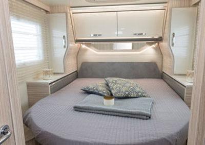 elnagh-t-loft-581-dormitorio-principal-1-autocaravancarsalerent